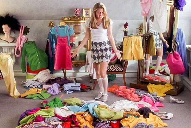 30 Sure Signs You've Become a Hoarder