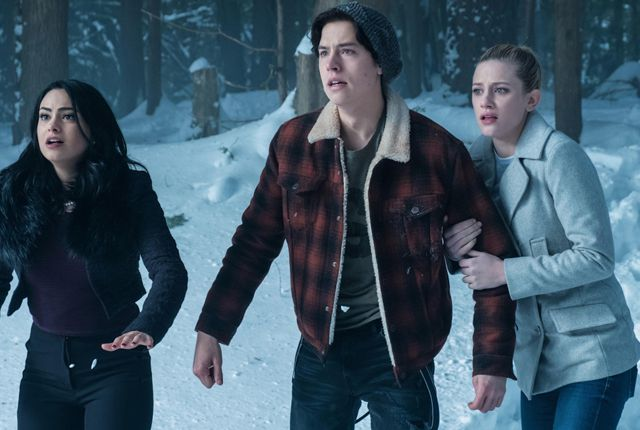 behind-the-scenes secrets of riverdale