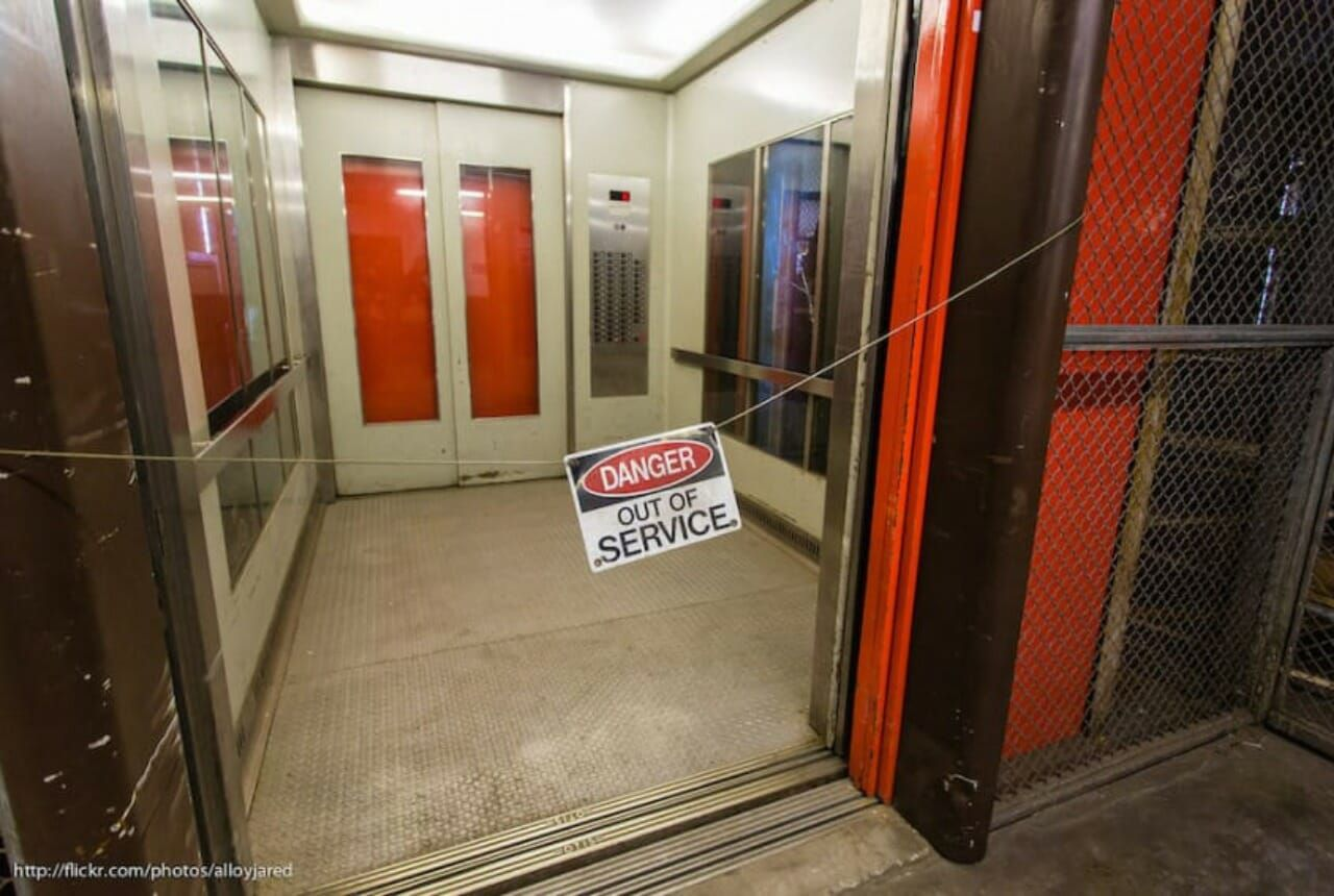 elevator death