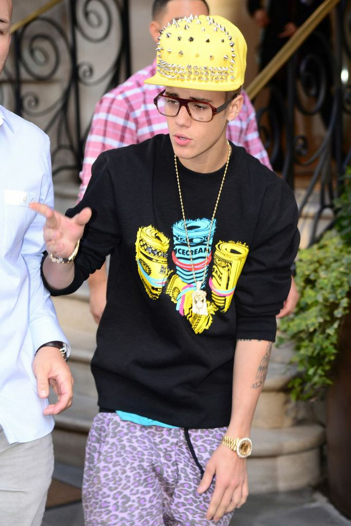 Bieber Worst Outfits