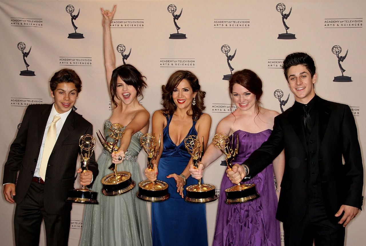 cast of Wizards of Waverly Place