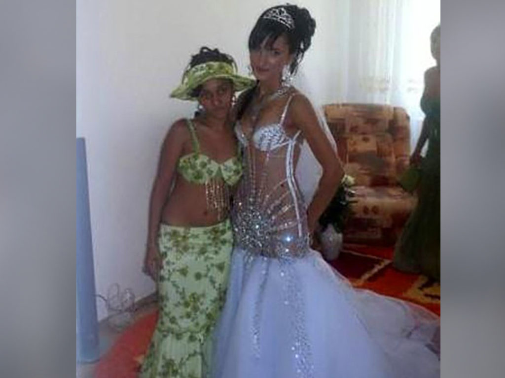 Ugly Wedding Dress.Hilariously Ugly And Dumb Wedding Dresses That Will Make You Never