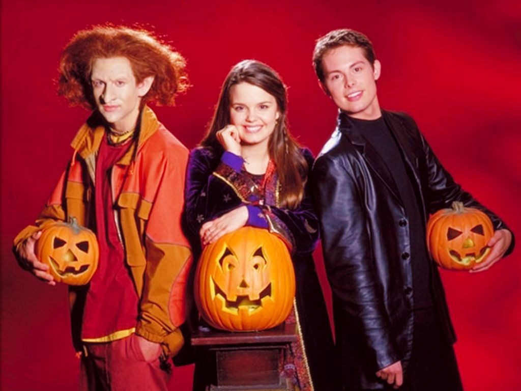 Where Are They Now? The Cast of \u0027Halloweentown\u0027 , Obsev