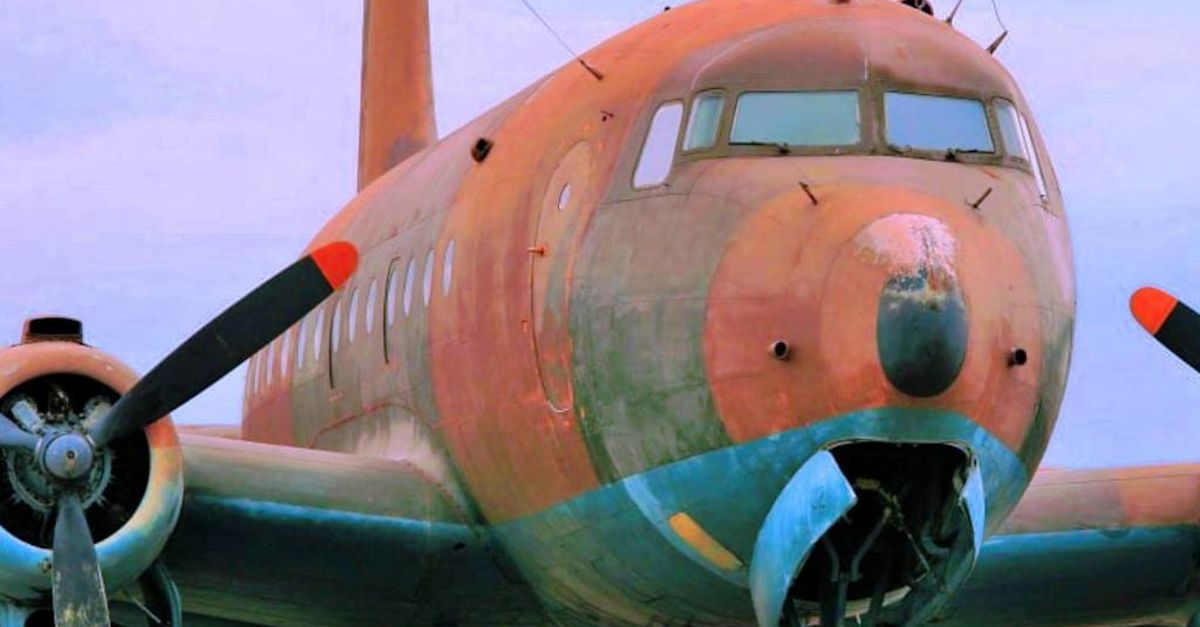 A Missing Plane From 1955 Landed After 37 Years Here Is What Happened Obsev